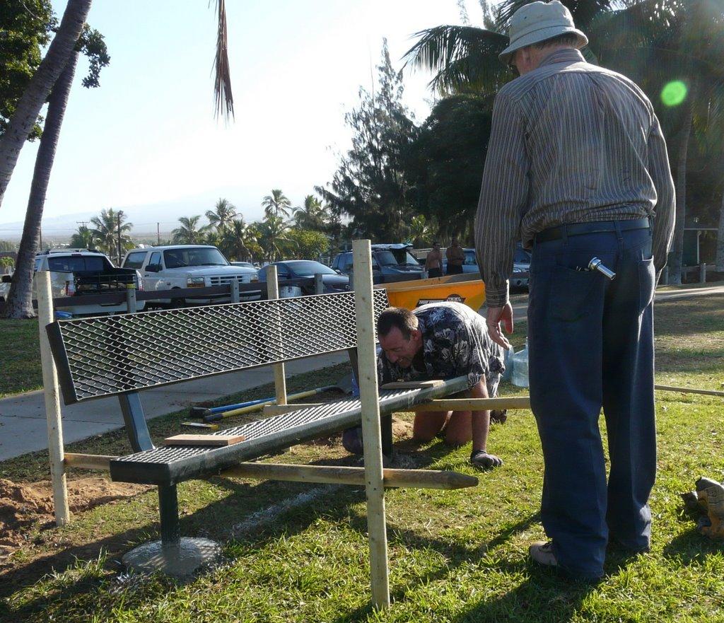kalama-park-bench-install-005re.jpg