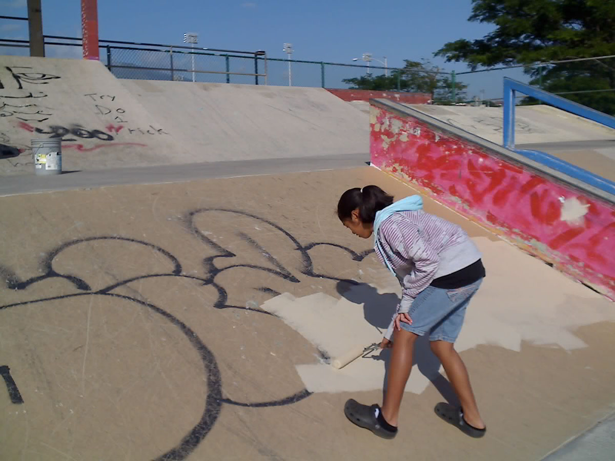 KCA Helping to Cover Graffiti and Install Benches in our Parks