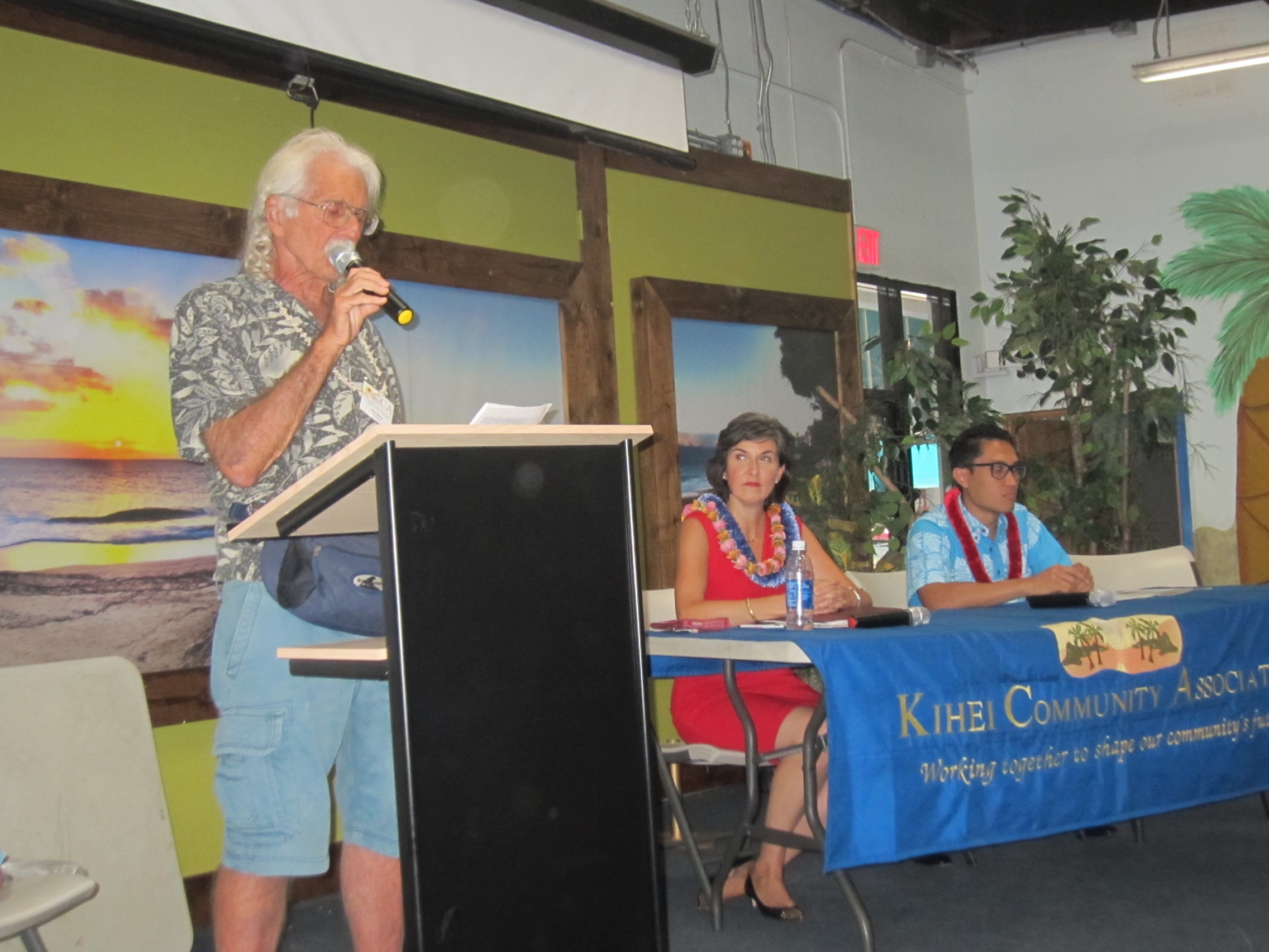 AKAKU CH 55 AND ON LINE 9:00 PM SUNDAY KCA SO MAUI CANDIDATE FORUM