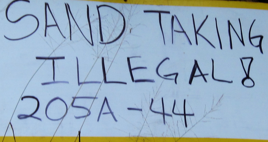 Community Signs in North Kihei Today