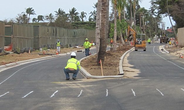 UPDATE  HGV Project Blocks All Modes of Transportation Near Kaonoulu Road