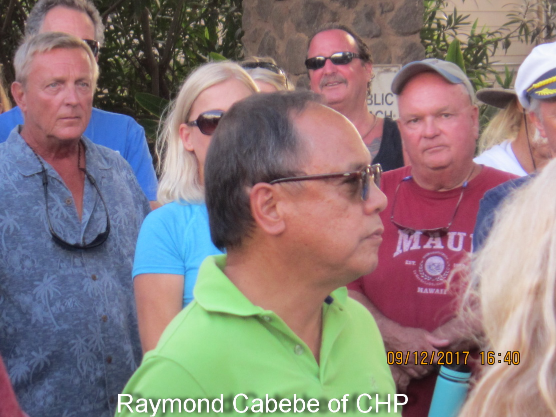 Keawakapu Parking Lot meeting draws about 80 concerned So Maui attendees