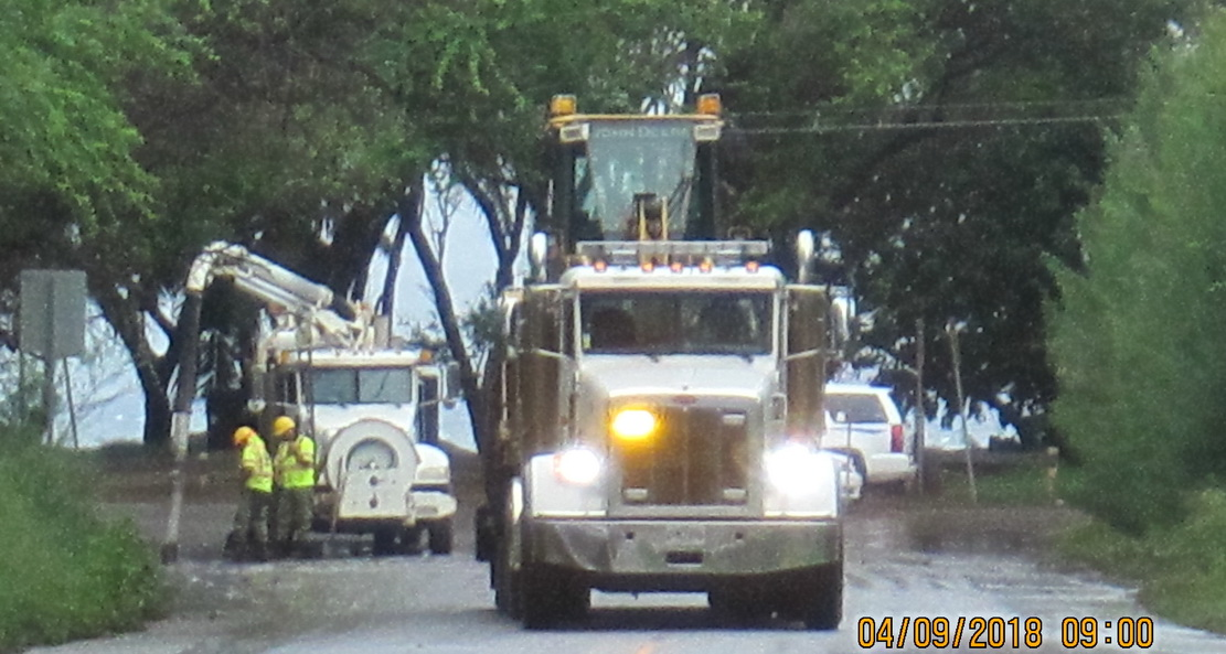 HO HUM* FLOODING CAUSES ROAD CLOSURES OF KA'ONO'ULU AND S. KIHEI ROADS