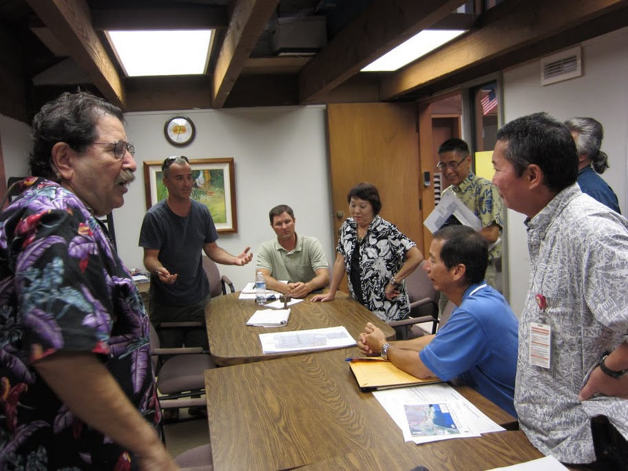 MECO Reveals Plans to Install 70+ Foot Power Lines on Pi'ilani Highway